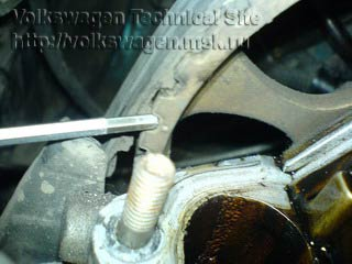 Замена маслосьемных колпачков на двигателе 2E