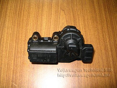 audi 80 b3 1.8 моновпрыск шаговый двигатель