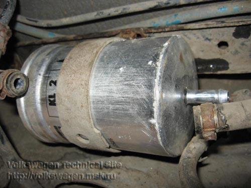 как поменять фильтр топливный двиг фольксваген поло