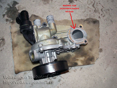 Замена помпы на двигателе Фольксваген 2E