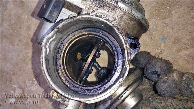 Клапан рециркуляции TDI PD на VW Golf 5 BKD
