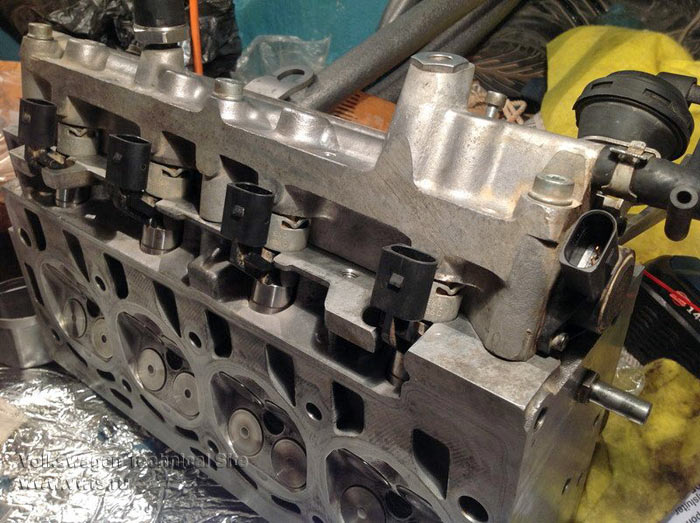 Замена цепи на двигателе BKG 1.4 FSI на VW Golf 5