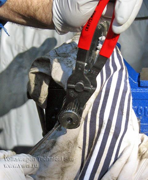 Замена пыльника ШРУС на Фольксваген Джетта 5