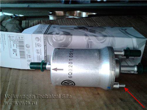 Замена топливного фильтра на двигателе BSE