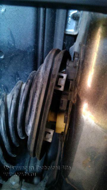 Ремонт Airbag на Шкода Октавия А5, ошибка 01221 - Crash Sensor Side - G179