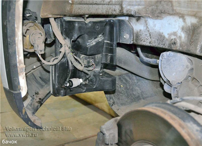 Ремонт насоса омывателя на VW Tiguan