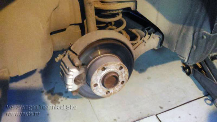 Замена средней рулевой тяги приус