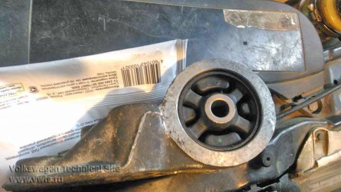 Замена сайлентблоков задней балки VW Passat B5