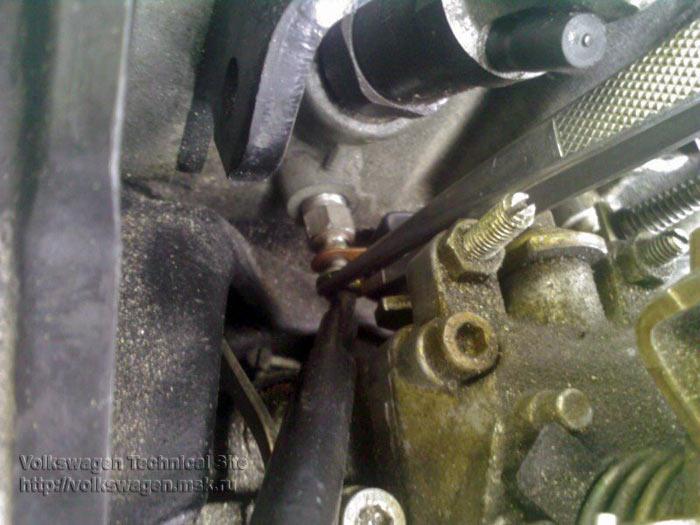 Замена свечей накала на двигателе AAZ