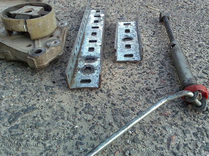 Устранение стука в подвеске VW Golf 5