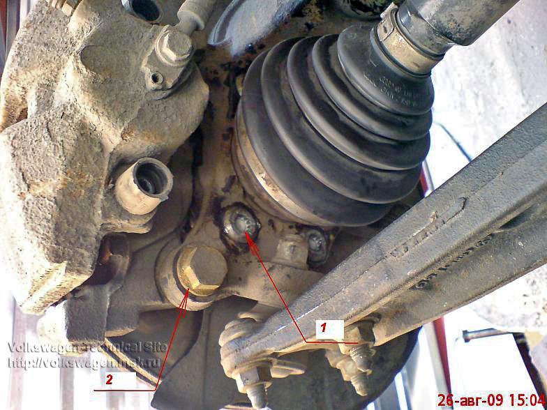 Замена передней ступицы VW Golf 5