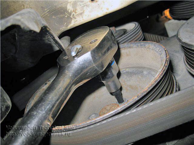 Замена ремня ГРМ на двигателе Фольксваген