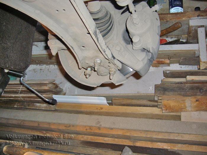 Замена задних опор передних рычагов