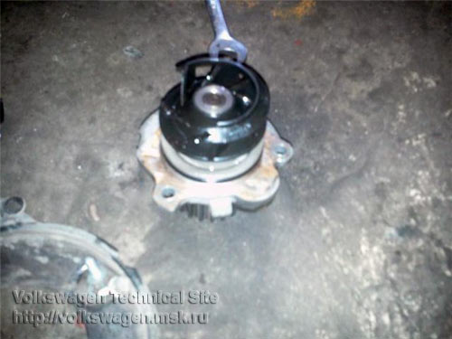 Замена ремня ГРМ на двигателе Фольксваген AGU