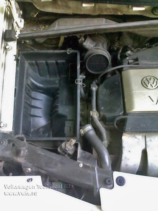 Замена приводного ремня на двигателе AAA в Фольксваген Шаран