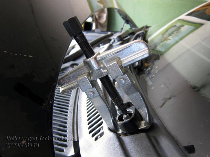 Замена мотора стеклоочистителя VW Touareg