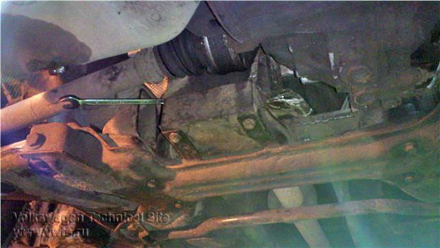 Замена всех опор двигателя RP на VW Passat B3