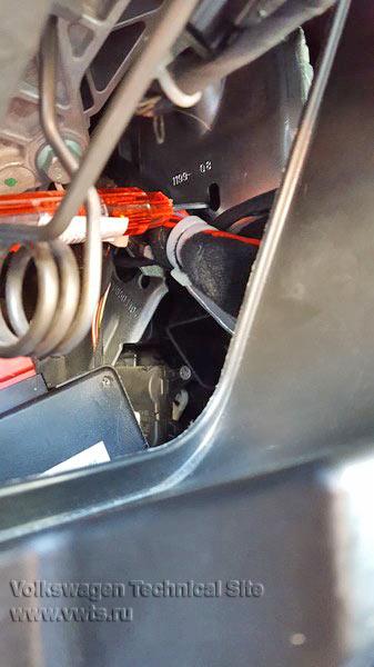 Кондиционер 2C-Climatronic замена мотора заслонки