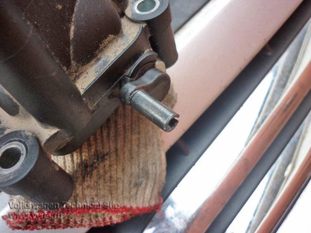 Ремонт тяг вихревых заслонок коллекторов на VW Touareg