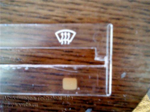 Ремонт освещения в панели отопителя на Фольксваген Гольф 2